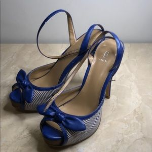 Bakers high heel strap open toes with bow ties